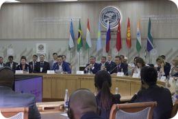 Молодежь стран ШОС и БРИКС обсуждает в Уфе вопросы сотрудничества в области науки
